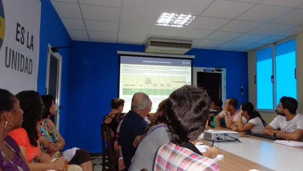 Periodistas y economistas camagüeyanos apuestan por mayor profesionalidad