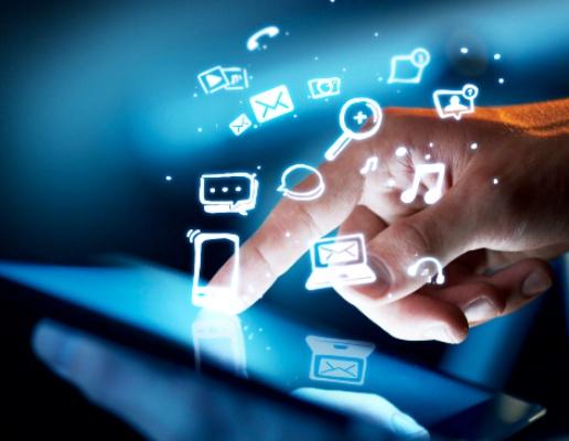 Usos sociales de la tecnología, debate por la creación en Camagüey