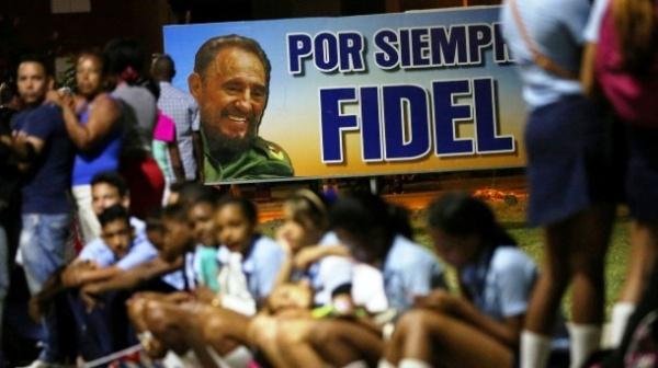 A un mes de su partida física, continúan los homenajes a Fidel