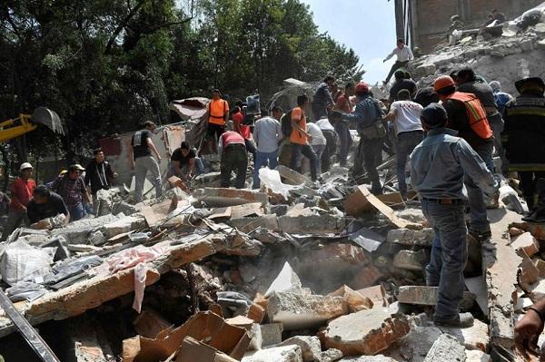 Fuerte sismo de 7,1 grados sacude a México (+ Fotos)