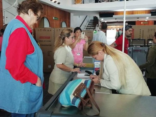 Abren en Camagüey primeras tiendas para venta en moneda libremente convertible (+Fotos)