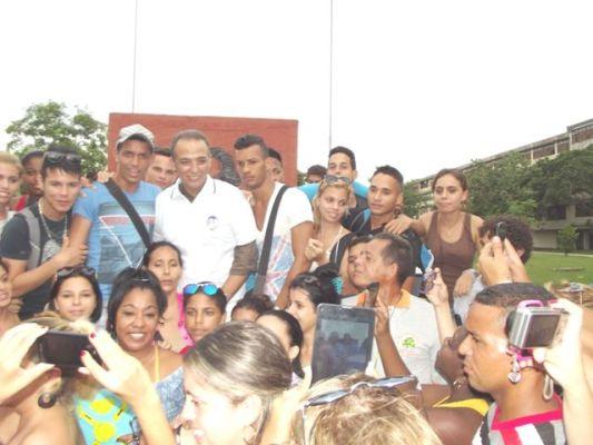Distingue la Universidad de Camagüey al héroe cubano Antonio Guerrero (+ Fotos)