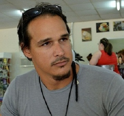 Joven creador camagüeyano expone razones de su respaldo a Constitución cubana (+ Audio)