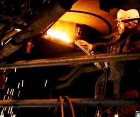 Metalúrgicos cubanos se preparan para instalar moderna tecnología