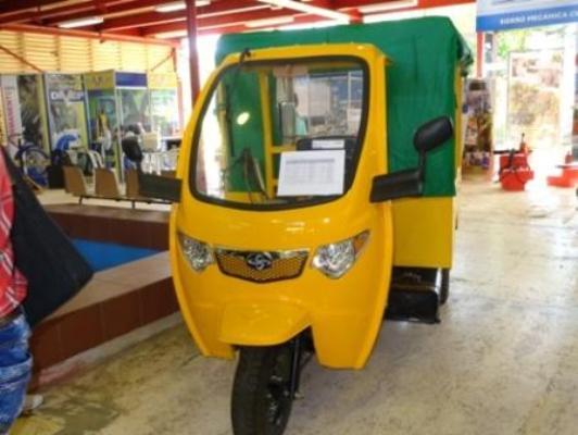 Prestarán servicio de taxi en Camagüey ciclomotores ensamblados en Cuba
