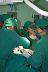 Introducen en Camagüey medicina regenerativa para tratamiento de afecciones óseas