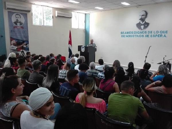Universidad de Camagüey abrió sus puertas a la ciencia y la investigación (+ Fotos y Tuit)