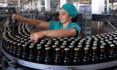 Fábrica de Cerveza Tínima en Camagüey amplía sus producciones