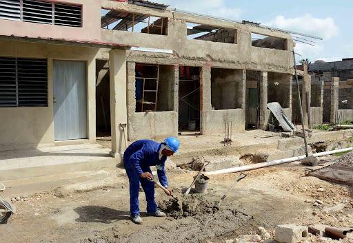 Sector de la construcción en Camagüey se mantuvo en 2020 a pie de obra