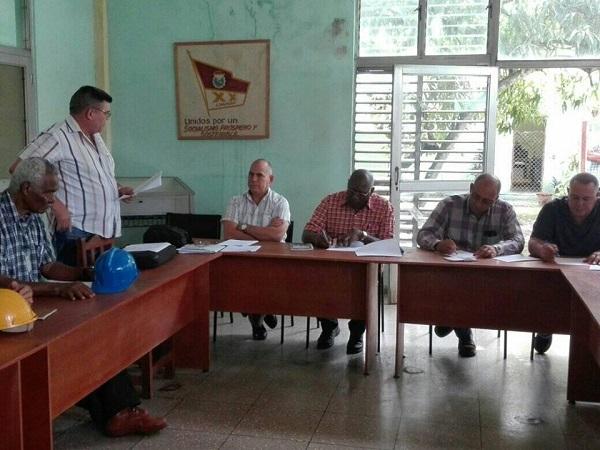 Analiza Valdés Mesa en Camagüey causas del incumplimiento de la zafra azucarera (+Audio y Fotos)