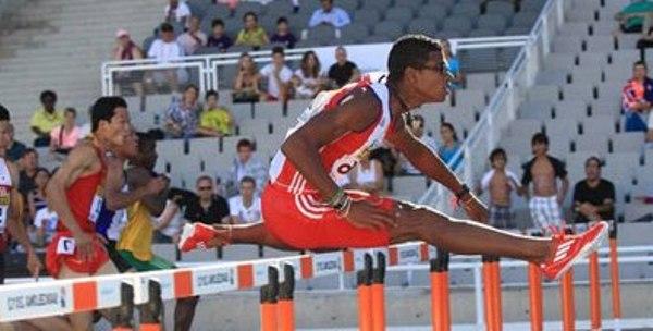 Llegan cubanos a Londres para Campeonato Mundial de Atletismo