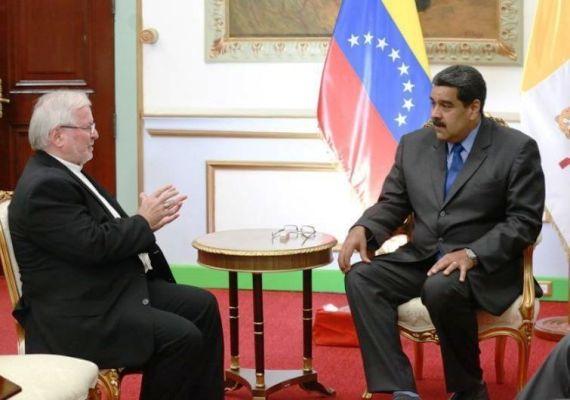 Recibió Nicolás Maduro a representante del Vaticano en Venezuela