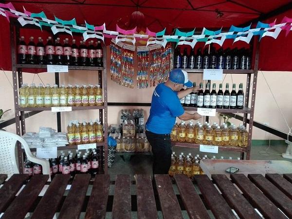 En Recinto Ferial de Camagüey venta de productos de la red minorista (+ Fotos)