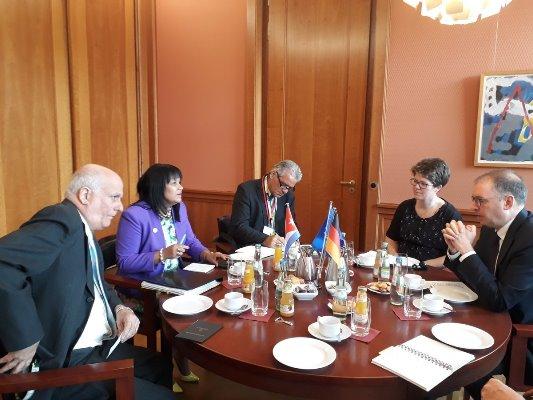 Vicecanciller de Cuba se reunió con su homólogo alemán