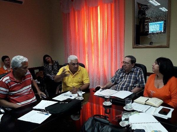 Viceministro cubano del CITMA evalúa en Camagüey implementación de la Tarea Vida