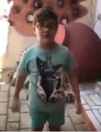 Hora de estar en casa, dice un niño camagüeyano
