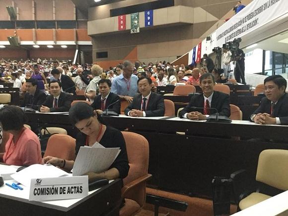 Felicita líder vietnamita al pueblo cubano por aniversario 58 de mayor organización de masas