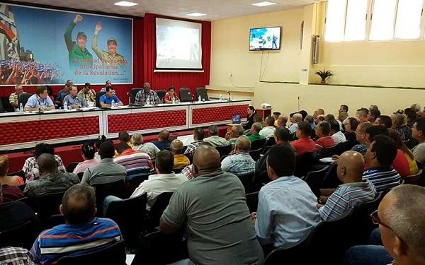 Vicepresidente cubano convoca a un despegue en esfera azucarera camagüeyana