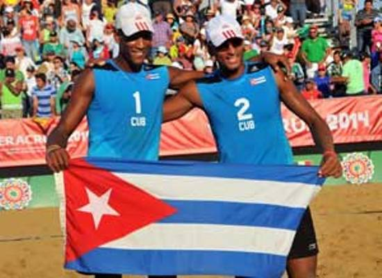 Dupla cubana se corona en certamen mexicano de Voly playero
