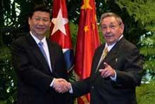 Felicita Raúl al Primer Ministro Li Keqiang