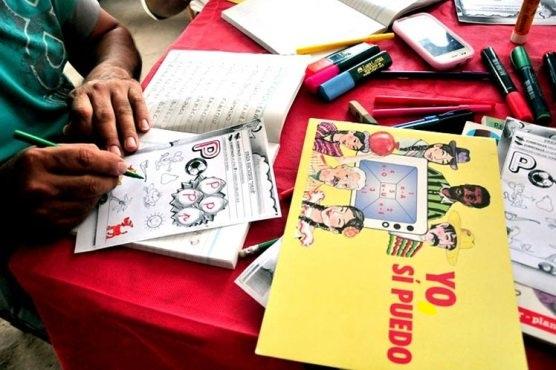 Reconocen asesoría educativa de Cuba en erradicación del analfabetismo en territorios salvadoreños